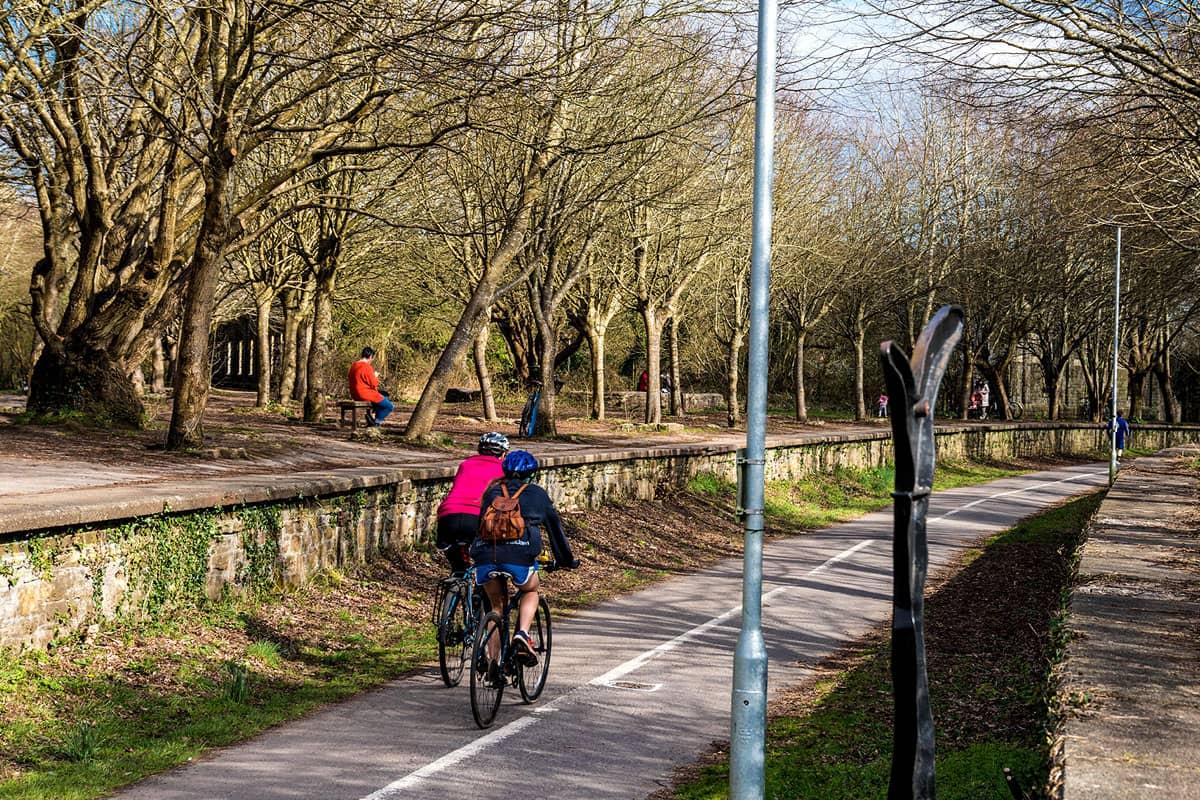 Bristol Bath railway cycle path Mangotsfield station